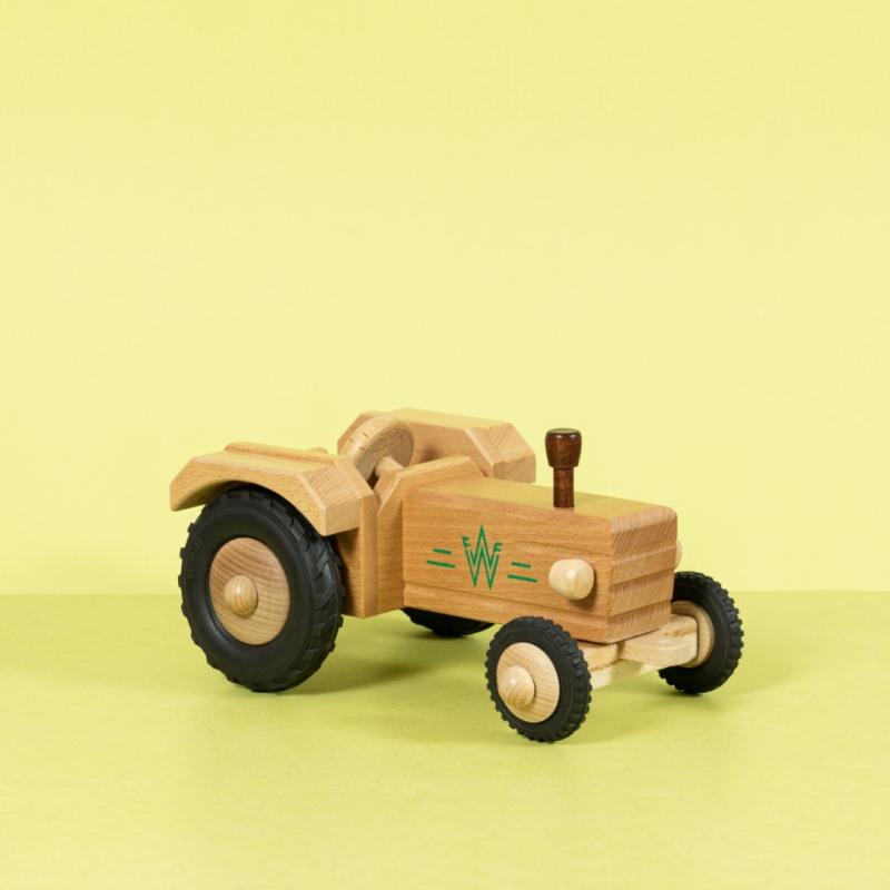 Holztraktor ohne Dach aus naturfarbenem Buchenholz und Vollgummireifen